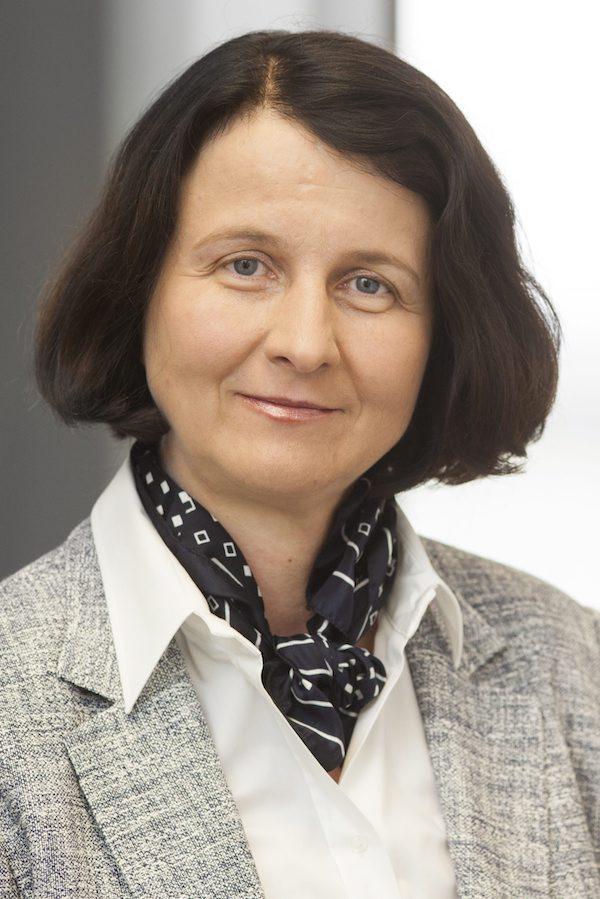 Prof Dr med Anne-Karoline Ebert 2 Hochformat
